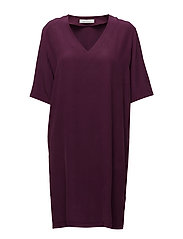 Linne ss dress 7879 - POTENT PURPLE
