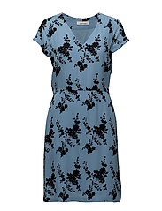 Frida vn dress aop 8083 - BLUE BLOOM