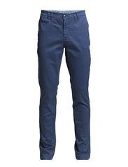 2813 - Dolan Slim - Medium Blue