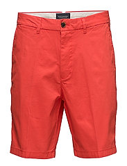 Classic chino short in peached cotton - BLAZING RED