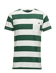 1 pocket tee in seasonal stripes with subtle boxy fit - COMBO B