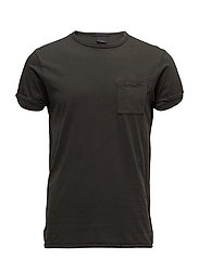 Classic garment dye tee with chest pocket and twisted sleeve - MILITARY