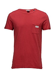 Garment dyetee in cotton slub quality with flat lock detail - 152SKIPPER RED
