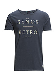 Senor retro artwork tee in slub structurejersey. - 76 blue steel