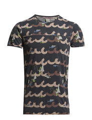 Constructed tee with allover prints - Dessin C
