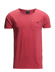 Garment dyed tee in solids and stripes - 32 radio red