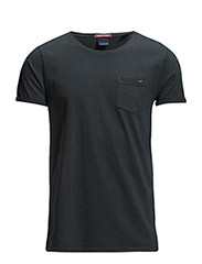 Garment dyed tee in solids and stripes - 90 black