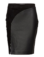 Elfes Leather Skirt - BLACK