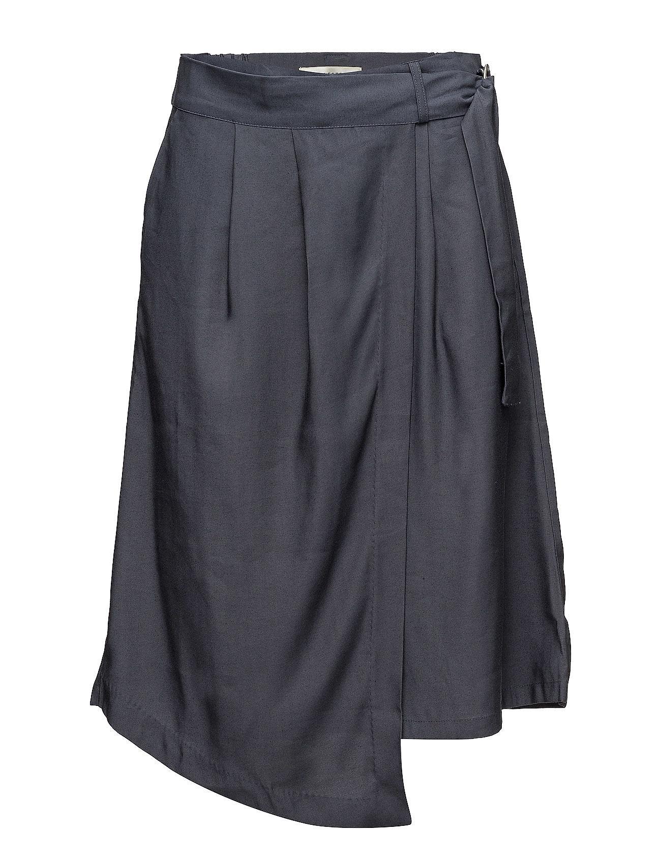 Sfjunee Mw Wrap Shorts Selected Femme Shorts til Kvinder i Umbra Blå