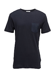 SHDFIN POCKET SS O-NECK TEE - DARK SAPPHIRE