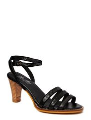 THE SHOE by Sofie Schnoor Snake sandal w piping edge