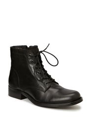 Short Boot with shoelace - Black