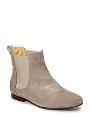 Shoebiz Short Boot