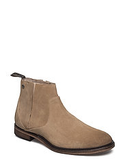 Shin Suede Shoe - BEIGE