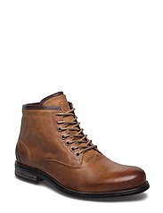 Buckeye Leather Shoe - COGNAC