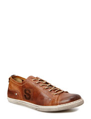 Stagg Low - Brown