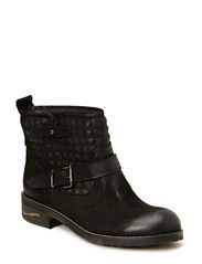 Flat boot w. inside studs - Black