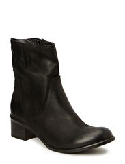 Flat leather boot - Black