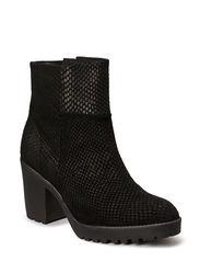 Boot w. chunky heel - BLK