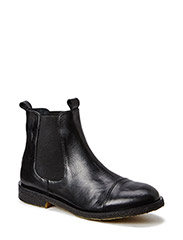 Boot with rubber sole - black