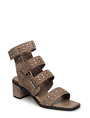 strap sandal low - BROWN