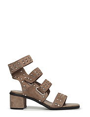 strap sandal low