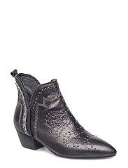 boot stitch and rivet - BLACK