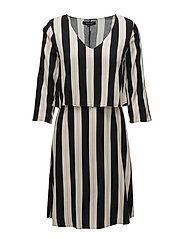 Carry Dress - 106 BLACK PRINT