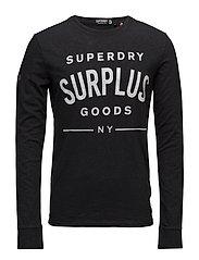 SURPLUS GOODS L/S GRAPHIC TEE - BLACK