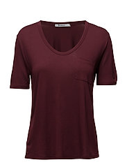 CROPPED TEE WITHCHEST POCKET - BURGUNDY