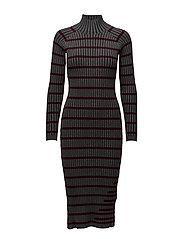 FITTED RIB W/ STRIPE INTARSIA L/S TURTLENECK DRESS - CHARCOAL WITH BURGUNDY STRIPE