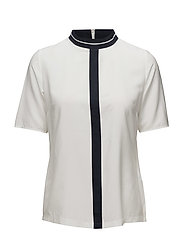 BLOUSE SHORT-SLEEVE - OFF-WHITE PATCHED