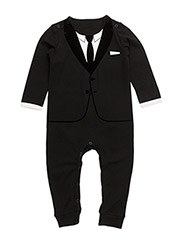 The Casual Suit - ALL BLACK