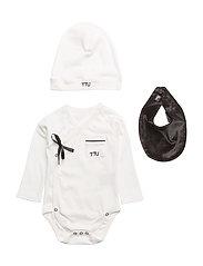 Ultimate Pyjamas Kit - BLACK & WHITE