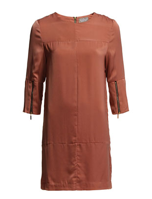 The Wardrobe Lynn Dress - Tea