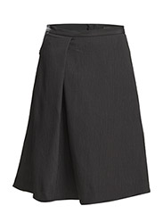 WOVEN PLEAT SKIRT - BLACK