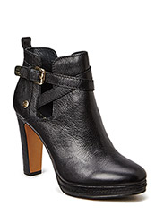 Lucy 10A - Black