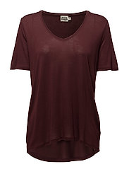 Iris V-neck Tee - DARK WINE
