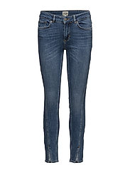 Julia Ankel Jeans - TWISTED CUT