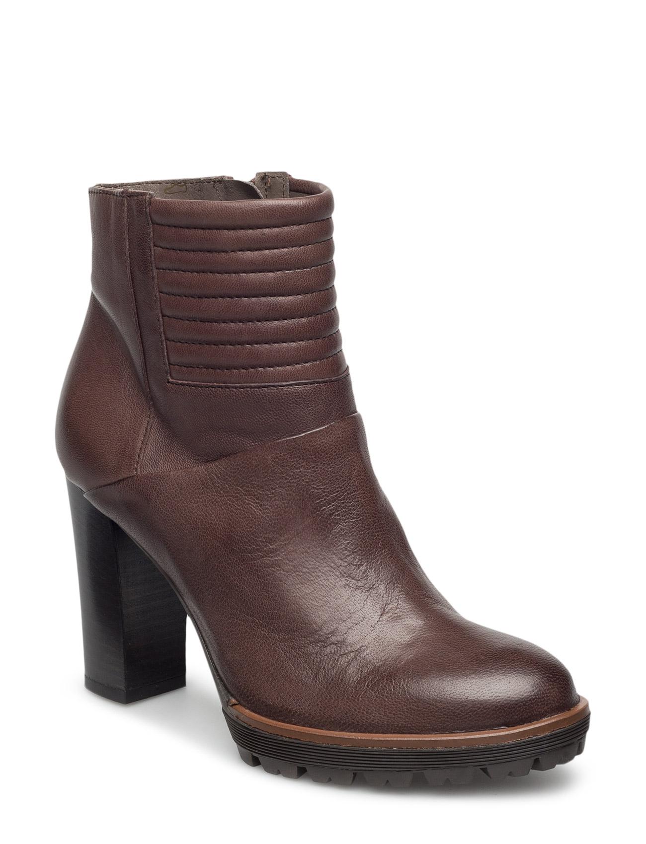 Ankle Boot With Quilt UNMADE Copenhagen Stövlar