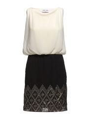 SASSI SISTER SL SHORT DRESS BP - Snow White