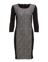 VIFLUA 3/4 SLEEVE DRESS - Black