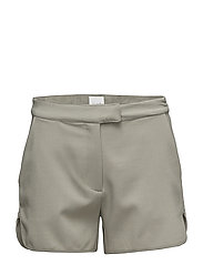 VICRISPY SHORTS - VETIVER