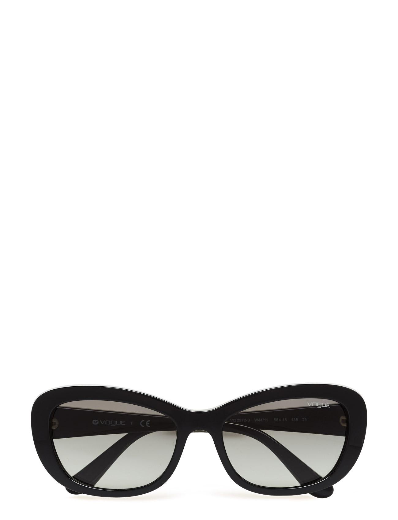 Casual Chic | Light Bijoux Vogue Eyewear Solbriller til Damer i