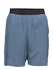 BLUE ELASTIC SILK STRETCH SHORT - MILK BLUE
